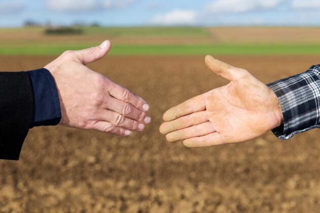 Transmission exploitation agricole